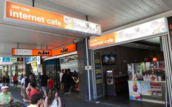 Dot Com Internet Cafe