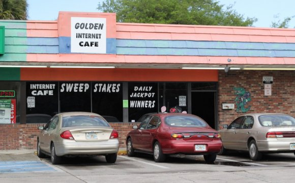 Golden Internet cafe, located