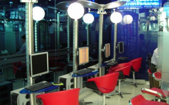 Inspiring internet cafe